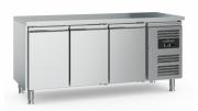 Külmtöölaud CS-EF 3 uksega, jalgadel