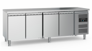 Külmtöölaud CS-EF 4 uksega, jalgadel