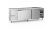 Külmtöölaud CS-EF 2 sahtli ja 3 uksega, jalgadel